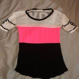 Tops - Love t shirt